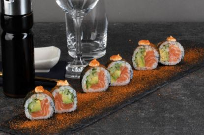 Picture of Salmon futomaki Spicy